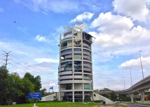 MENARA MESINIAGA- IBM TOWER