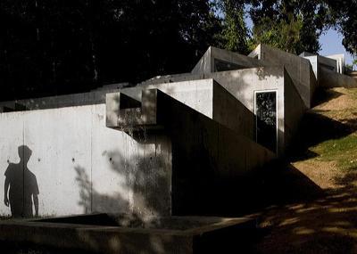 TOLO HOUSE