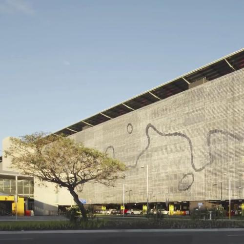 Brisbane airport car park features a kinetic facade to create energy and movement